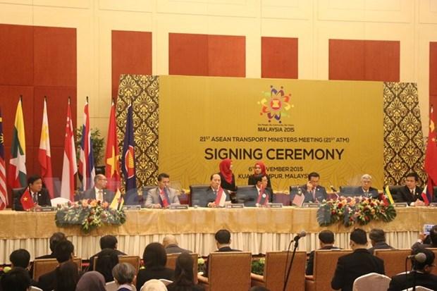 Paises de ASEAN y Sudcorea impulsan cooperacion en transporte hinh anh 1