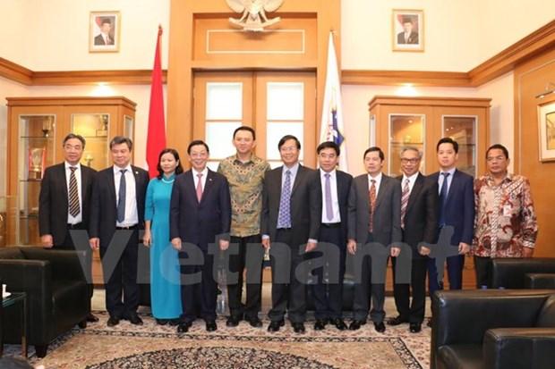 Hanoi aspira compartir experiencias de desarrollo urbano con Yakarta hinh anh 1