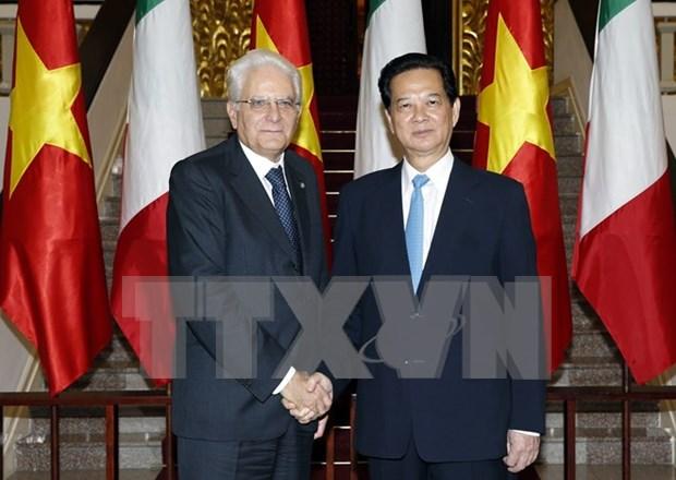 Premier vietnamita resalta acuerdos de cooperacion con Italia hinh anh 1