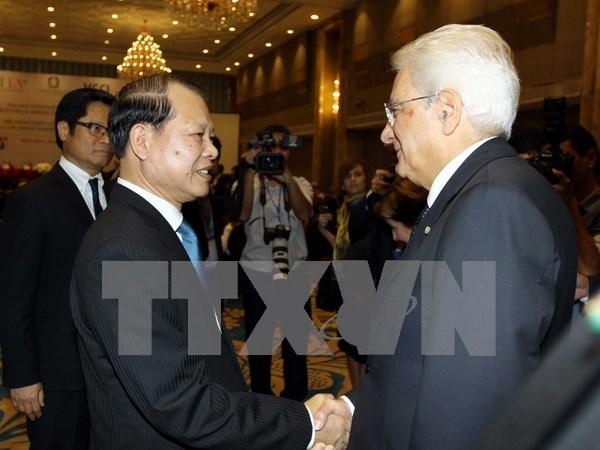 Concluye presidente italiano visita estatal a Vietnam hinh anh 1