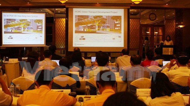 Construiran en Ciudad Ho Chi Minh primera linea de autobus expreso hinh anh 1