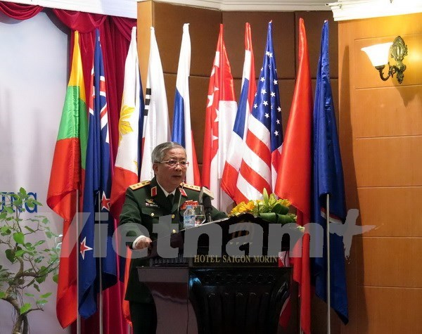 Viceministro vietnamita de Defensa recibe a agregado militar indonesio hinh anh 1