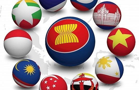 Incentivan construccion de Comunidad ASEAN en tres pilares hinh anh 1