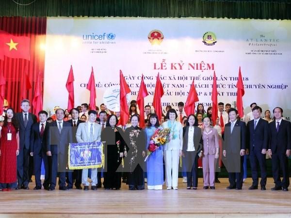 Elogian logros vietnamitas en trabajos sociales hinh anh 1