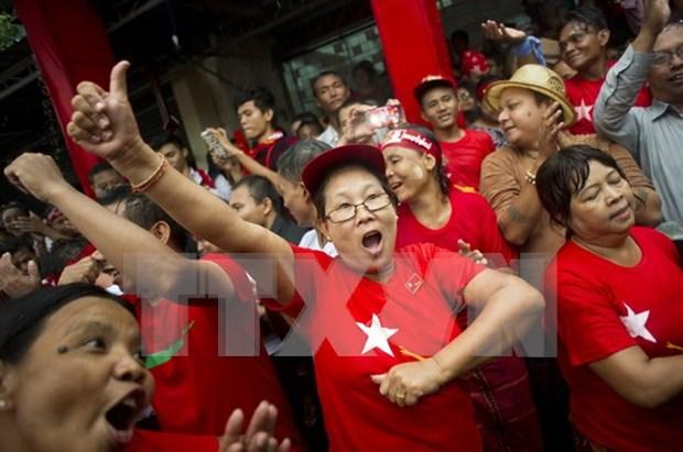 Elecciones birmanas: Partido opositor hacia gran victoria hinh anh 1