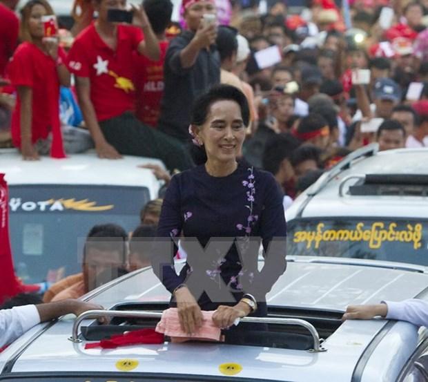 Partido opositor NLD gana 605 escanos en las camaras birmanas hinh anh 1