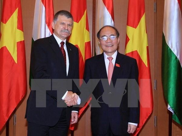 Presidente de Asamblea Nacional de Hungria concluye visita a Vietnam hinh anh 1
