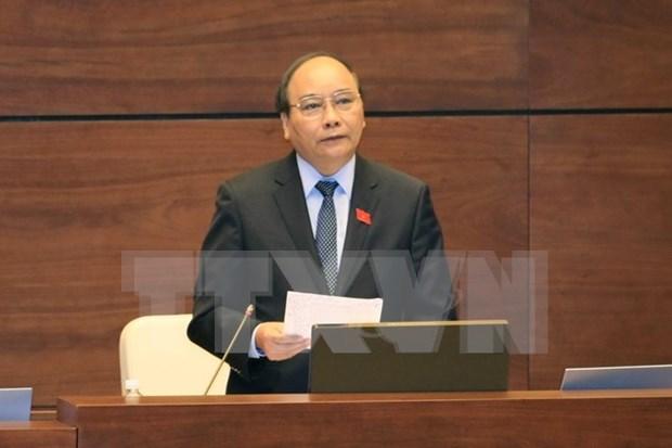 Tres vicepremieres y 13 titulares sectoriales comparecen ante parlamento hinh anh 1