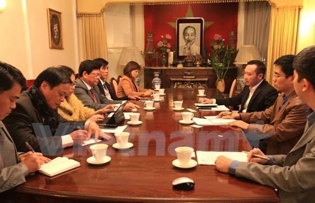 Promueve Da Nang cooperacion turistica y comercial en Reino Unido hinh anh 1