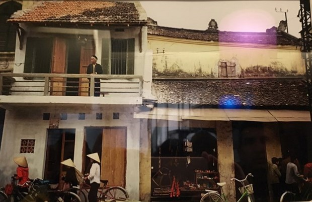 Exhiben en Paris fotos sobre Vietnam antes de apertura turistica hinh anh 1