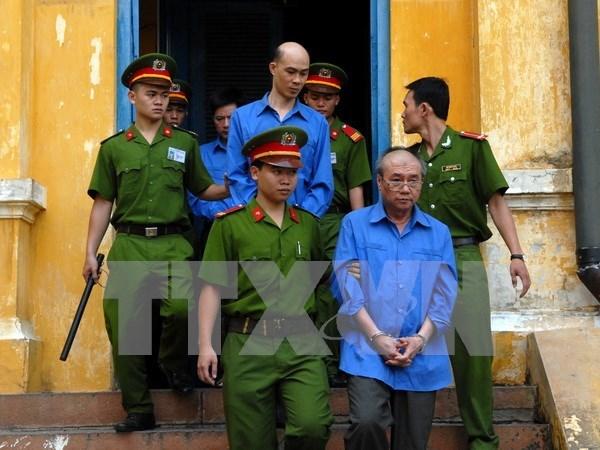 Vietnam: Dos directivos enfrentan pena capital en gran caso corruptivo hinh anh 1