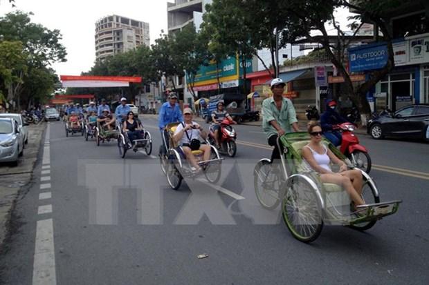 Impresionante crecimiento en la llegada de turistas extranjeros a Vietnam hinh anh 1