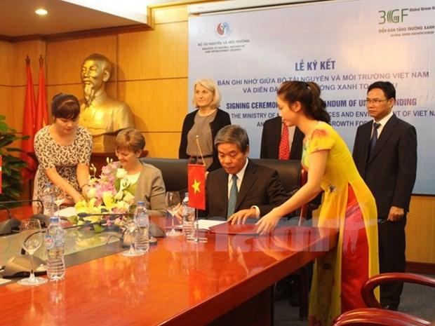 Noche de gala enriquece relaciones de cooperacion Vietnam-Dinamarca hinh anh 1