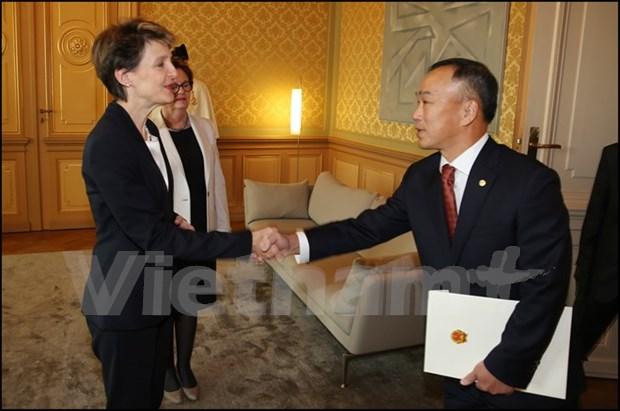 Suiza considera importantes nexos con Vietnam hinh anh 1