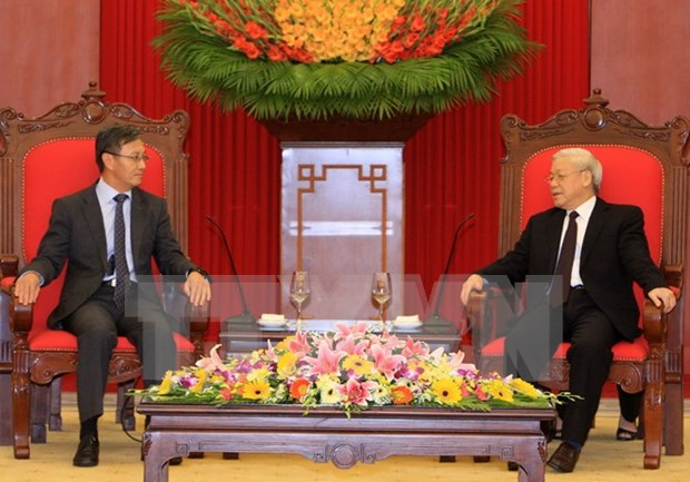 Vietnam hara maximos esfuerzos para preservar solidaridad con Laos hinh anh 1
