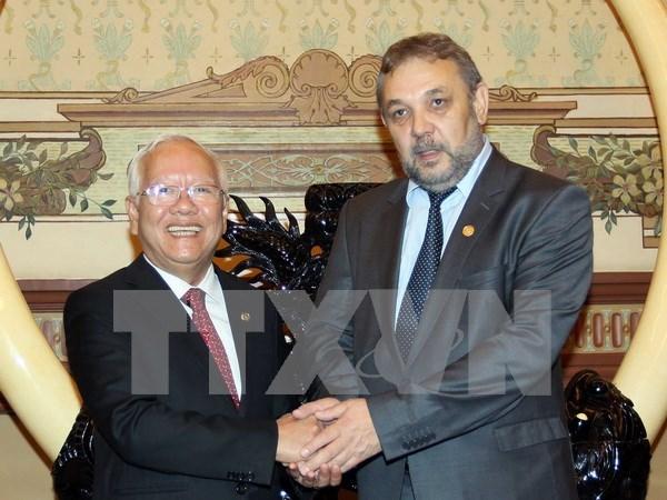 Bulgaria patentiza deseo de fortalecer nexos multifaceticos con Vietnam hinh anh 1