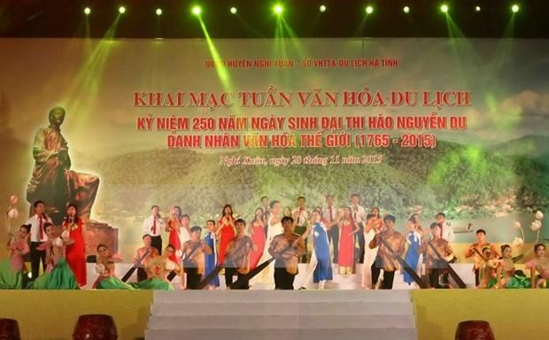 Semana de cultura y turismo honra al poeta Nguyen Du hinh anh 1