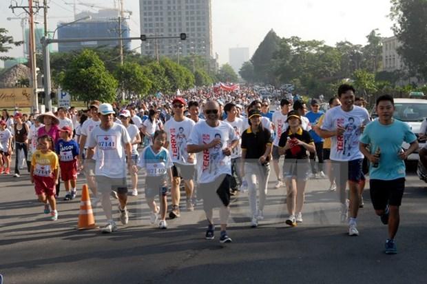 Miles vietnamitas participan en Maraton Terry Fox hinh anh 1