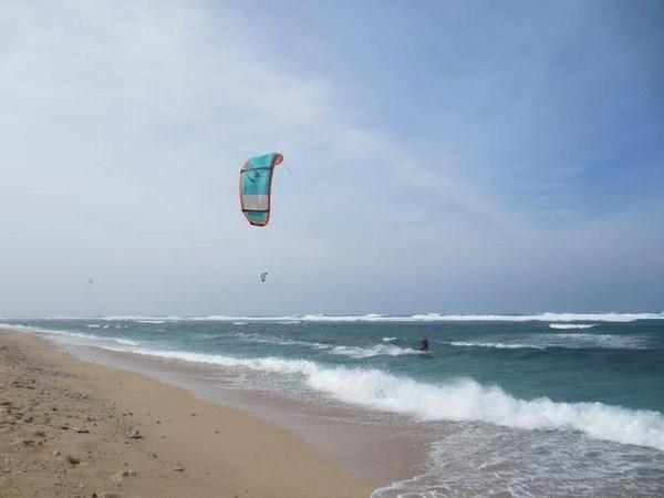 Kiteboard Tour Asia 2016 atravesara por Ninh Thuan hinh anh 1