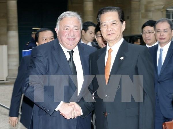 Premier vietnamita propuso el apoyo de Francia al acuerdo de asociacion con UE hinh anh 1