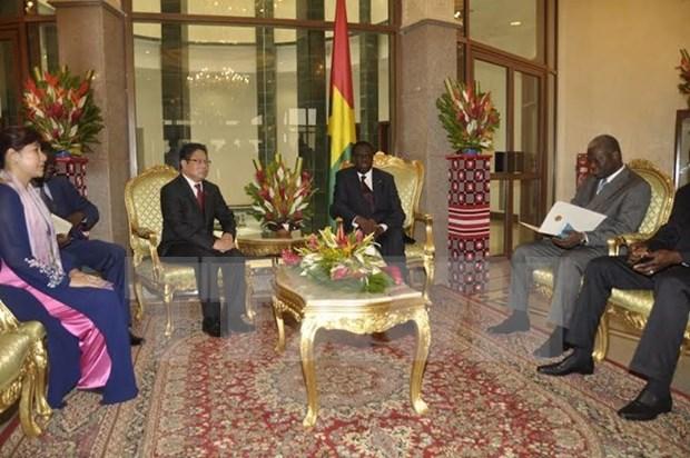 Burkina Faso reconoce estatuto de economia de mercado de Vietnam hinh anh 1