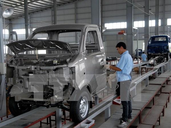 BM: Vietnam cerrara el ano con alentador crecimiento de PIB hinh anh 1