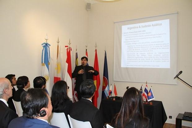 Participa Vietnam en actividad de ASEAN en Argentina hinh anh 1
