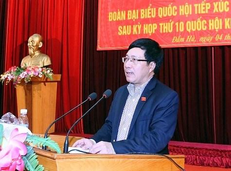 Mantiene viceprimer ministro vietnamita contactos con votantes en Quang Ninh hinh anh 1