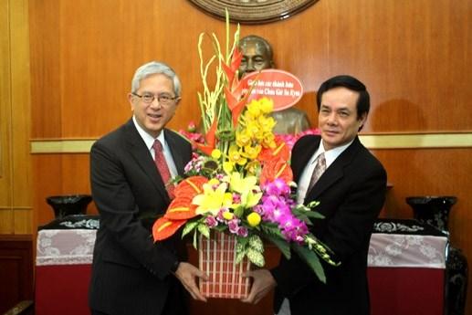 Recibe dirigente vietnamita a delegacion de iglesia cristiana hinh anh 1