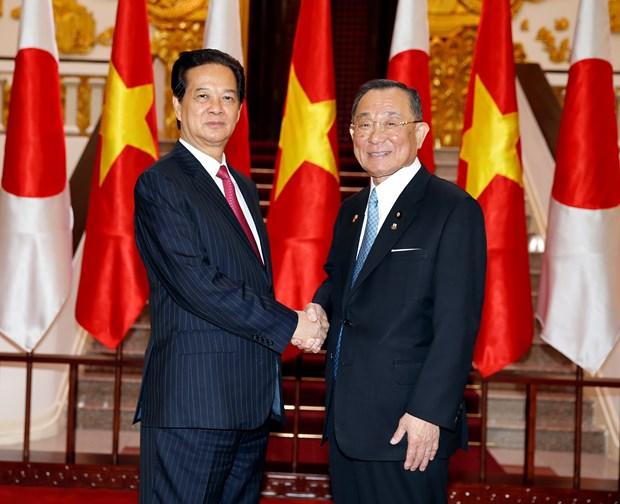 Premier vietnamita encomia la eficiencia de nexos legislativos con Japon hinh anh 1