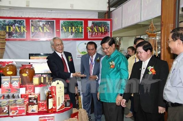 Abierta feria de comercio y turismo de Cambodia, Laos y Vietnam hinh anh 1