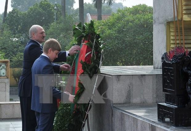 Presidente de Belarus concluye visita a Vietnam hinh anh 1
