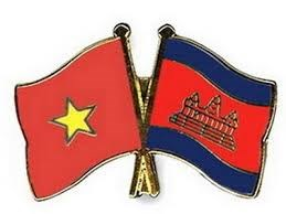 Provincias vietnamitas y cambodianas intensifican cooperacion de comunicacion hinh anh 1