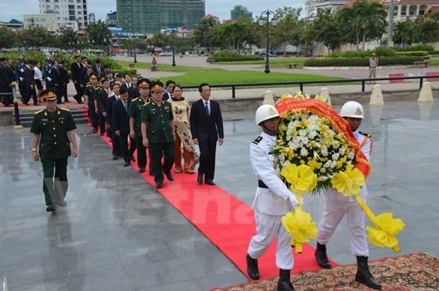 Conmemoran en Cambodia fundacion de ejercito popular vietnamita hinh anh 1