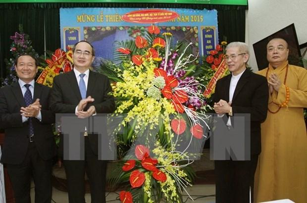 Presidente del Frente de Patria felicita a comunidad religiosa por Navidad hinh anh 1