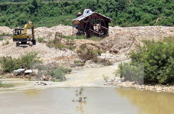 Mas de 11 millones USD movilizados a favor de estudiantes pobres en rio Mekong hinh anh 1