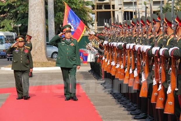 Vietnam y Laos firman plan de cooperacion en defensa 2016 hinh anh 1