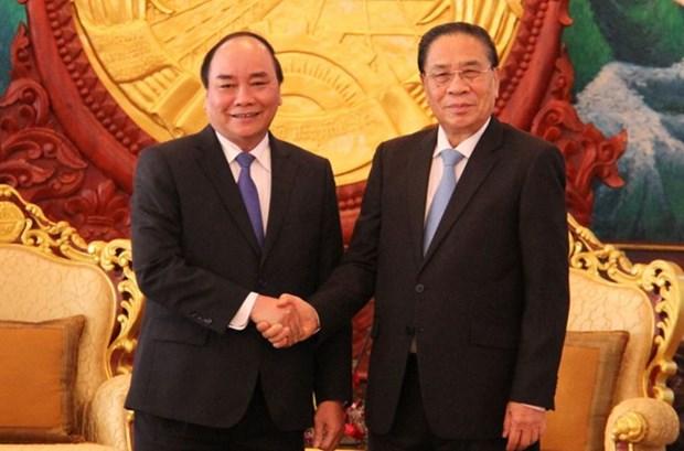Prioriza Vietnam fortalecimiento de cooperacion integral con Laos hinh anh 1