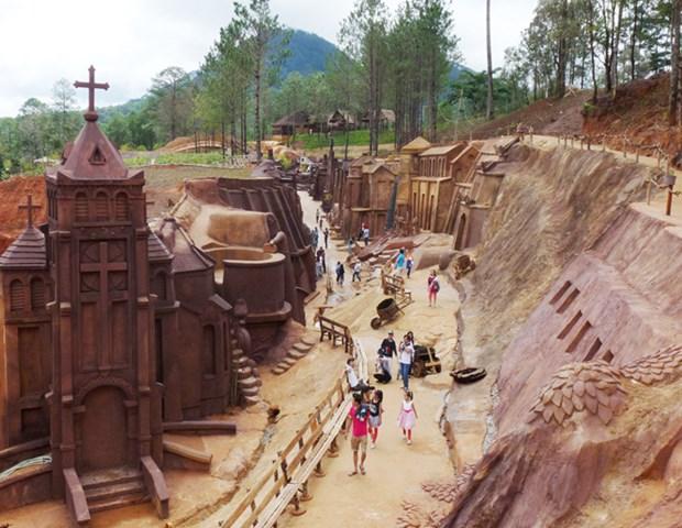 Tunel de arcilla, atraccion turistica en Da Lat hinh anh 1