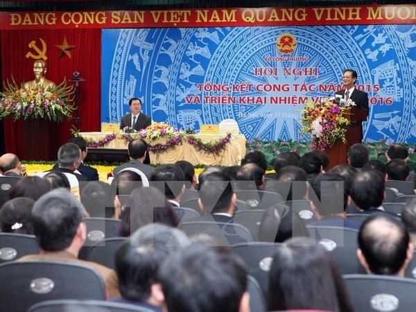 Insta premier a agilizar actividades comerciales e industriales en 2016 hinh anh 1