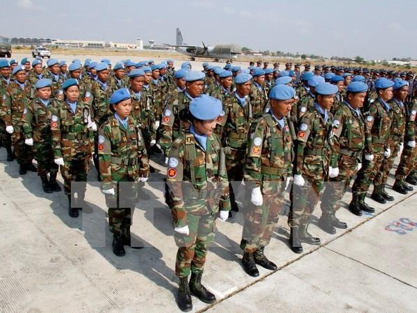Cambodia manda nuevos oficiales para operaciones de paz en Libano hinh anh 1