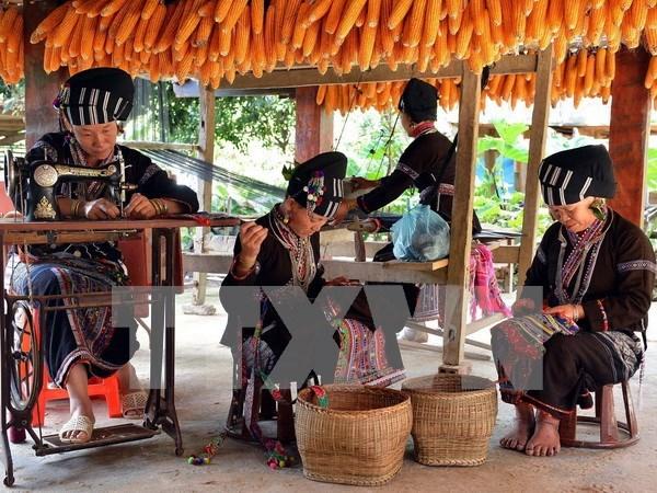Lao Cai por ser mayor centro turistico de la region septentrional de Vietnam hinh anh 1