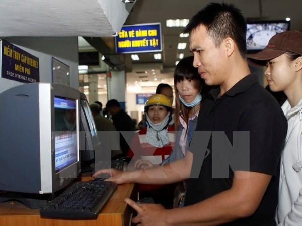 Despliegan aplicaciones moviles para comprar boletos de tren hinh anh 1