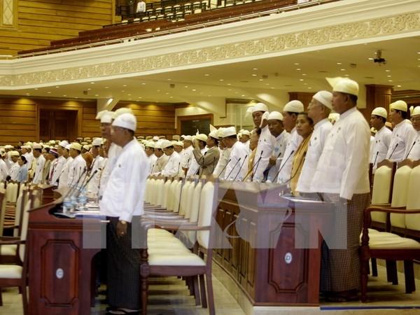 Myanmar: miembros de la LND se uniran al parlamento en febrero hinh anh 1