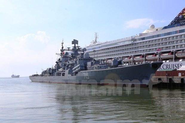 Visita ciudad vietnamita flota de buques de Marina rusa hinh anh 1