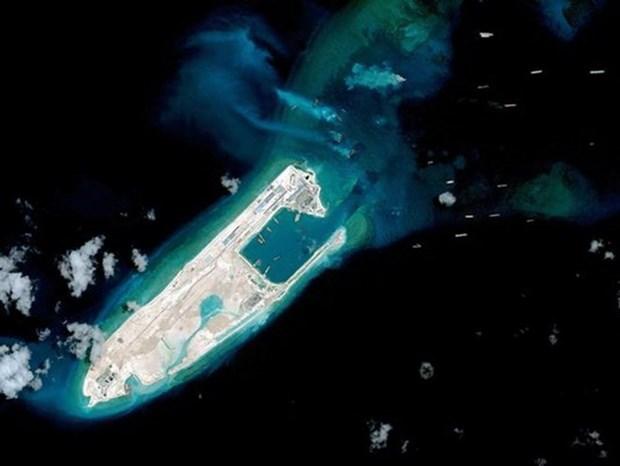Vuelos pilotos de China a Truong Sa escalan tension en la region, dice EE.UU. hinh anh 1