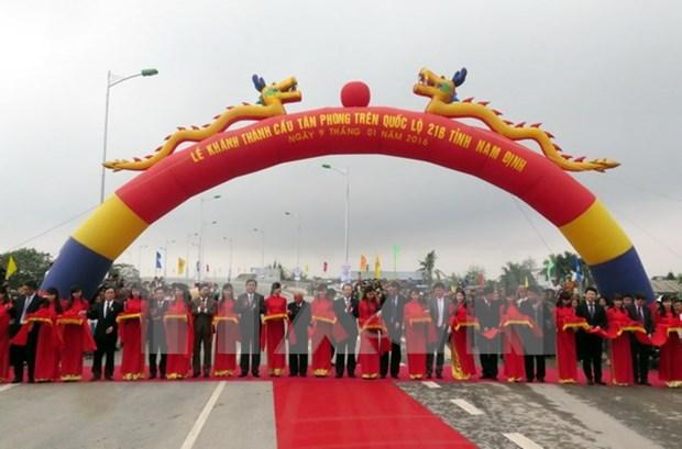 Entra en funcionamiento puente Tan Phong en provincia nortena de Nam Dinh hinh anh 1