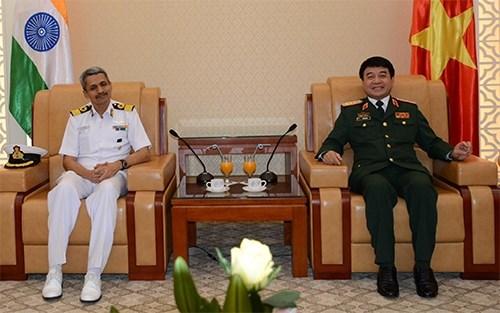 Vietnam y la India intensifican la cooperacion en defensa hinh anh 1