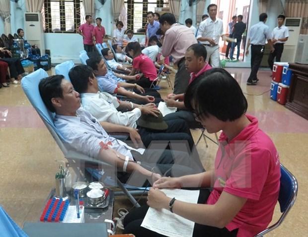 Vicepremier llama a pobladores participar en donacion voluntaria de sangre hinh anh 1
