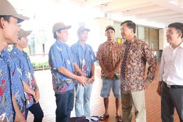 Indonesia repatria a diez pescadores vietnamitas hinh anh 1